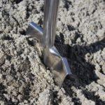Spatenstich in Boden